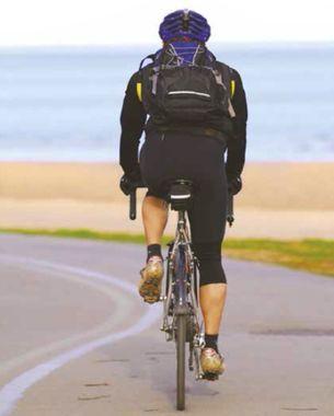 Cycliste de dos
